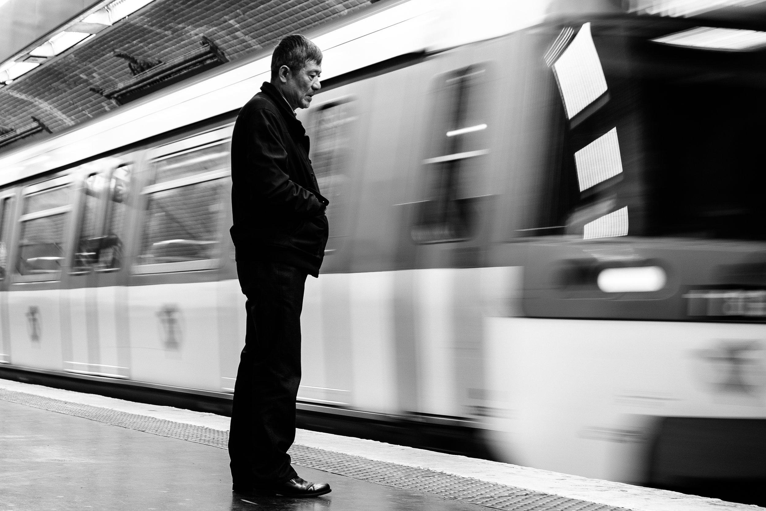 waiting for the metro reedit.jpg