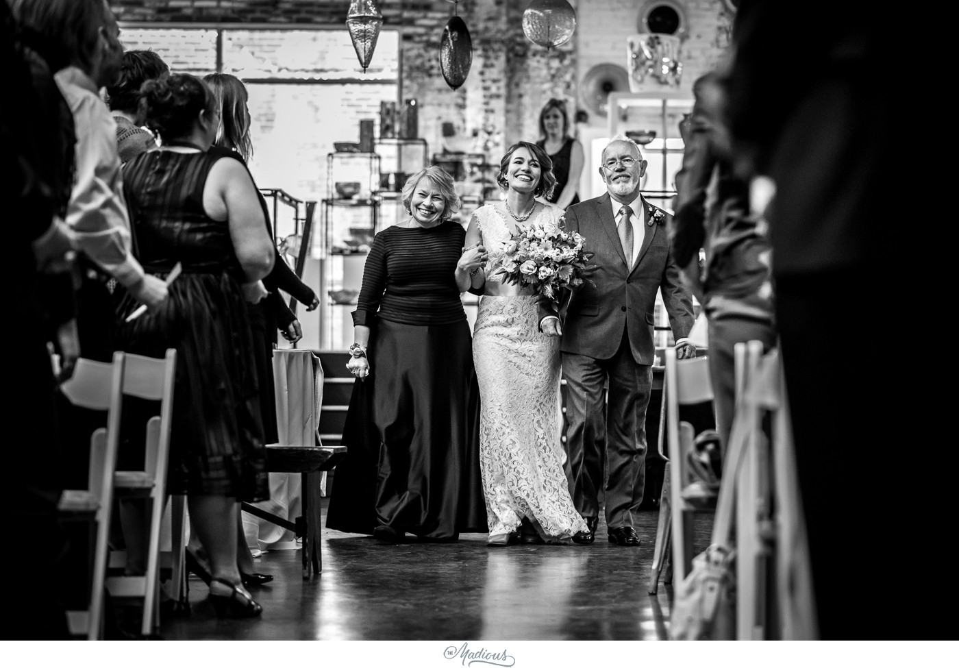 Coradetti_Glass_Spring_Wedding_21.JPG