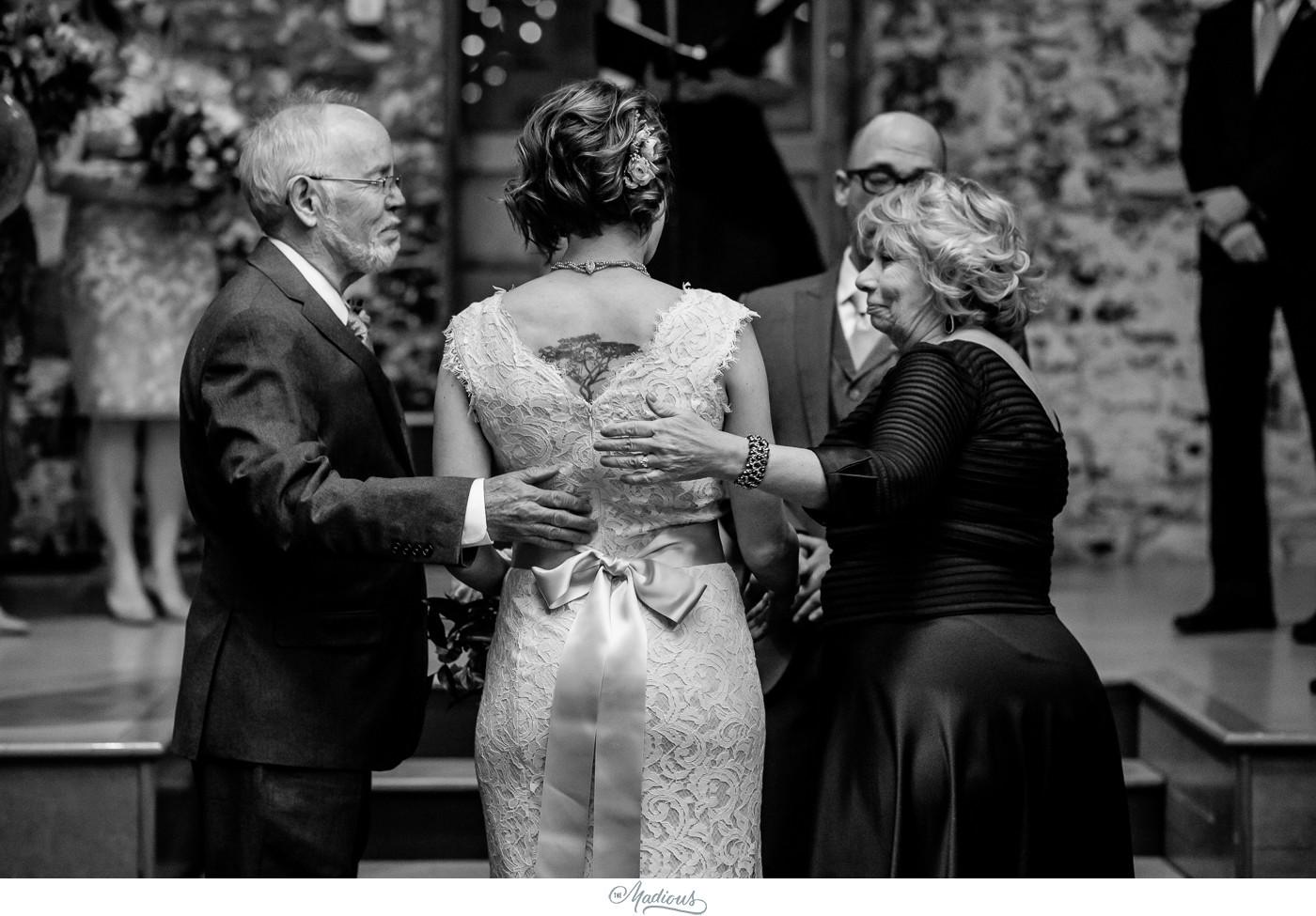 Coradetti_Glass_Spring_Wedding_23.JPG