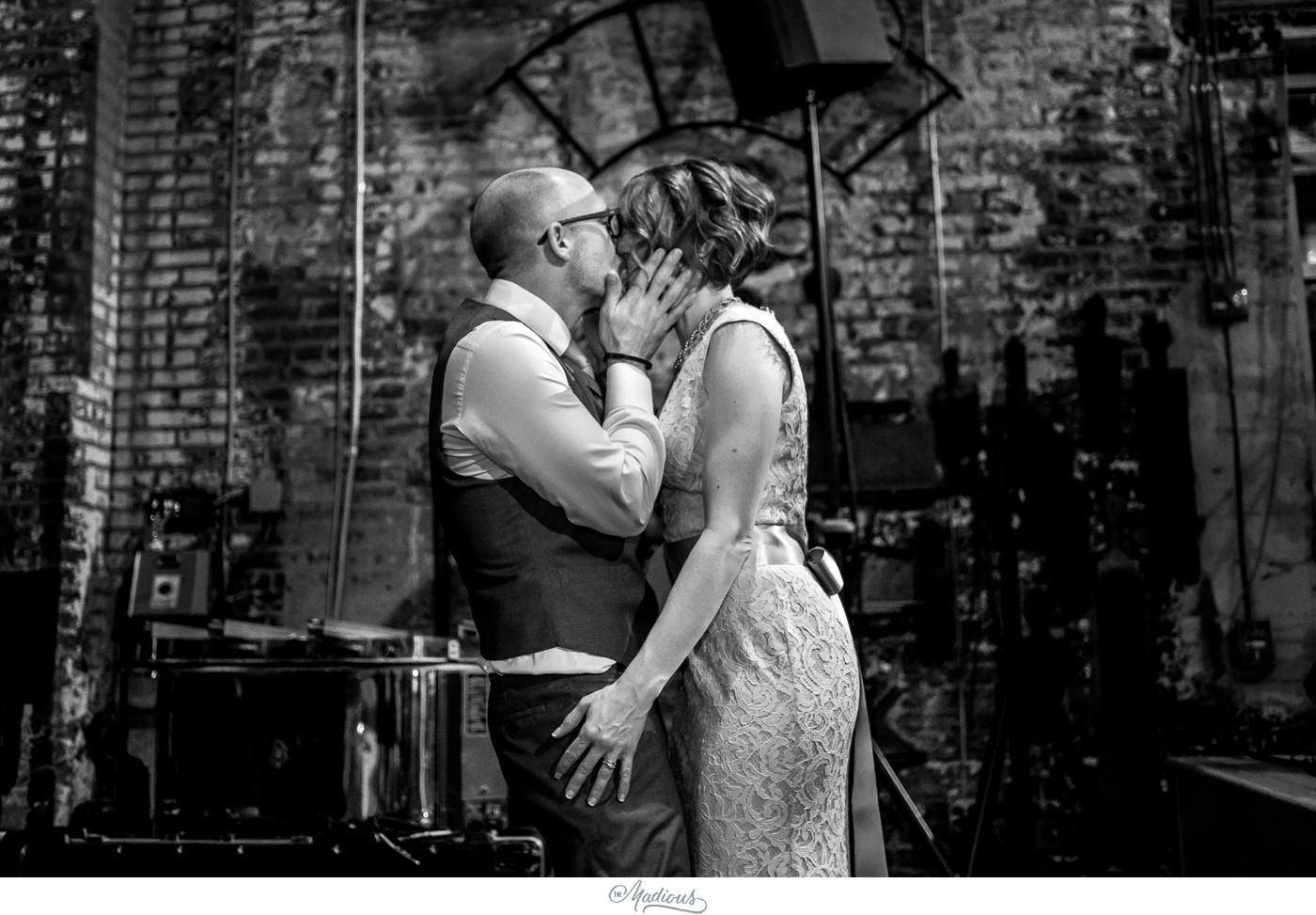 Coradetti_Glass_Spring_Wedding_36.JPG