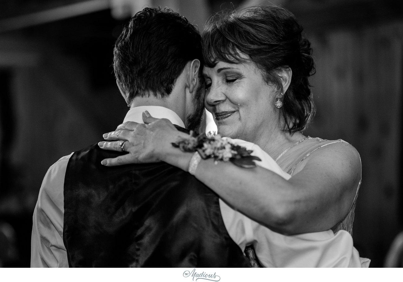 Serra Valley Farms Wedding Lindsay Travis_0133.jpg