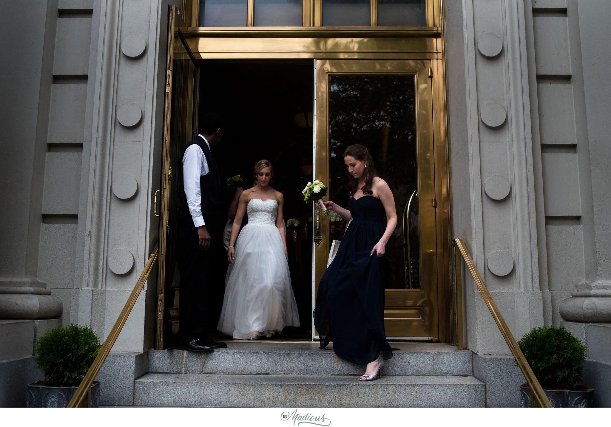 Bride Williard hotel wedding