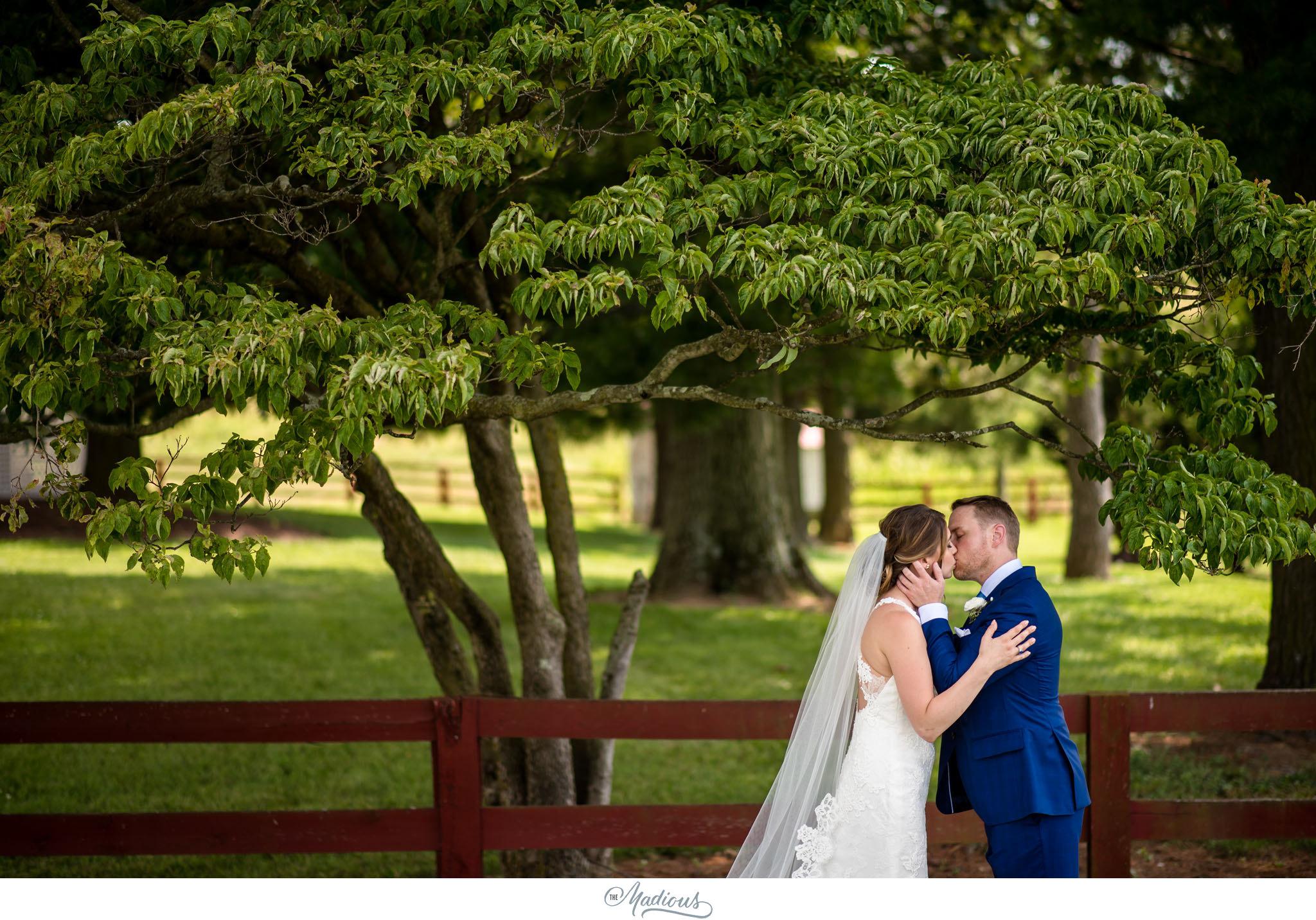 Virginia_Farm_Wedding_16.JPG