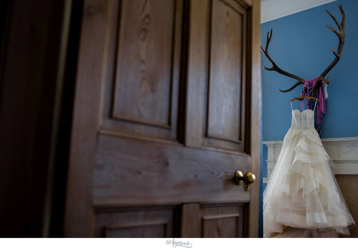 Balbegno_Dunnotar_Castle_Scottland_Wedding_13.jpg