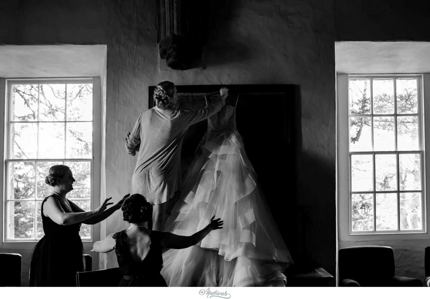 Balbegno_Dunnotar_Castle_Scottland_Wedding_22.jpg