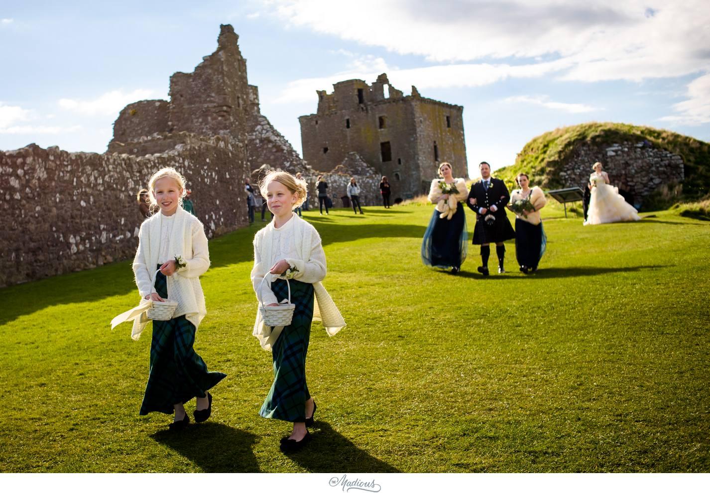 Balbegno_Dunnotar_Castle_Scottland_Wedding_32.jpg