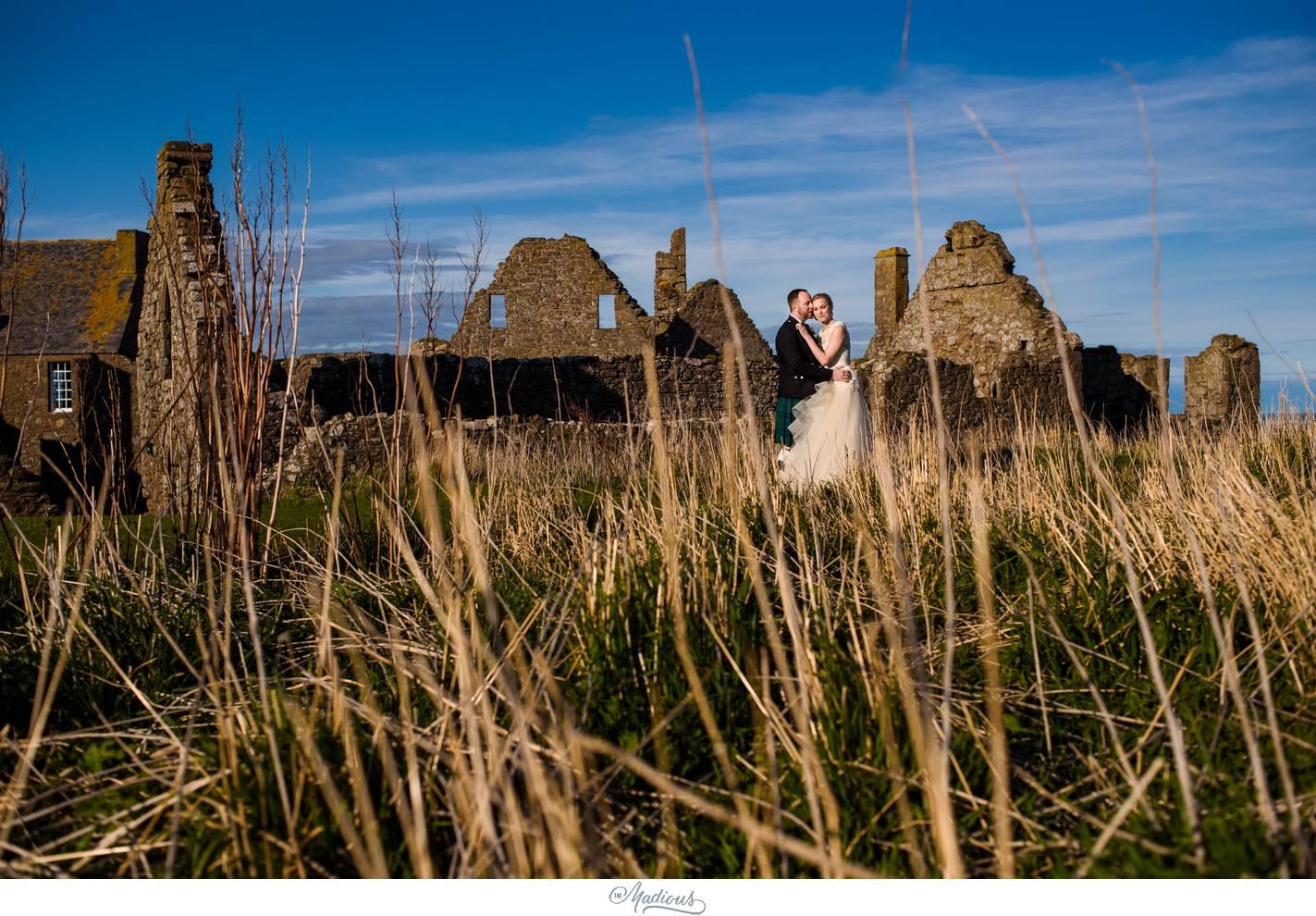 Balbegno_Dunnotar_Castle_Scottland_Wedding_44.jpg