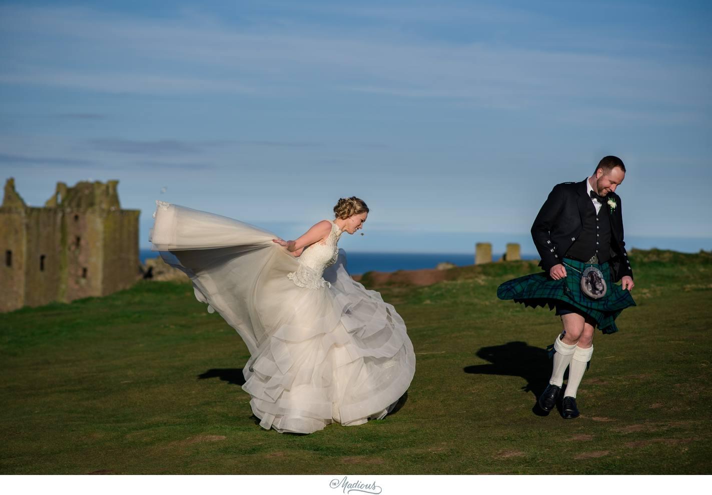 Balbegno_Dunnotar_Castle_Scottland_Wedding_49.jpg