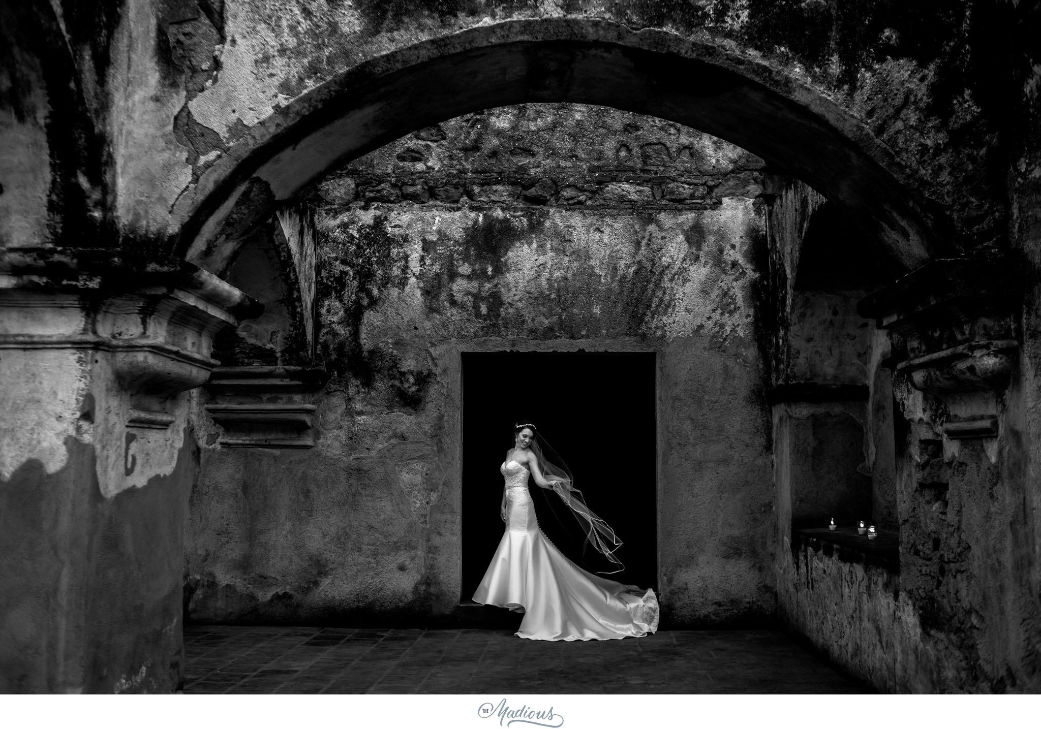 Leigh_Rob_Antigua_Guatemala_Santa_Clara_Destination_Wedding_45.JPG