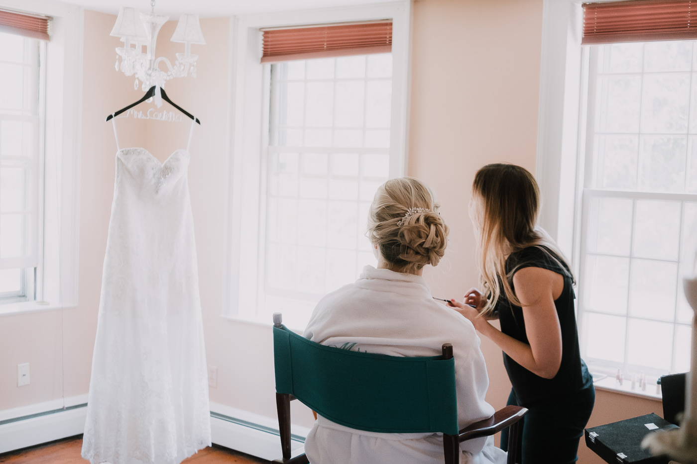 aly+jonny.web.newengland.wedding.©2017mileswittboyer-12.jpg
