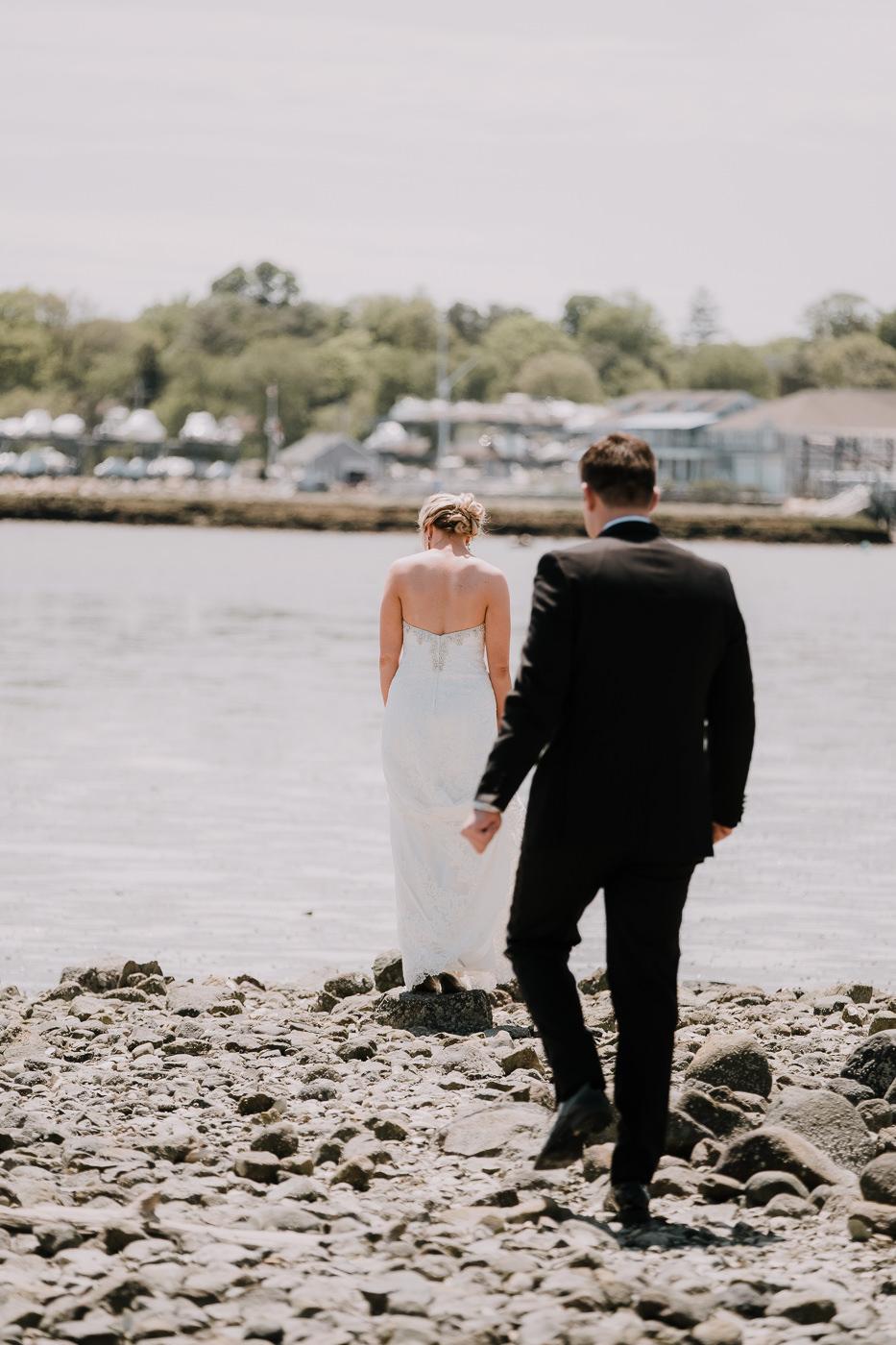 aly+jonny.web.newengland.wedding.©2017mileswittboyer-22.jpg