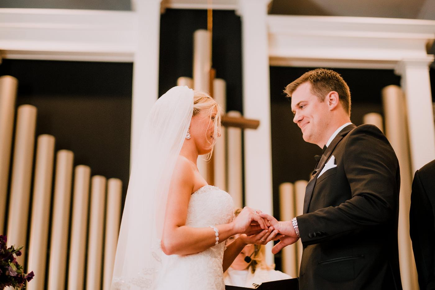 aly+jonny.web.newengland.wedding.©2017mileswittboyer-46.jpg
