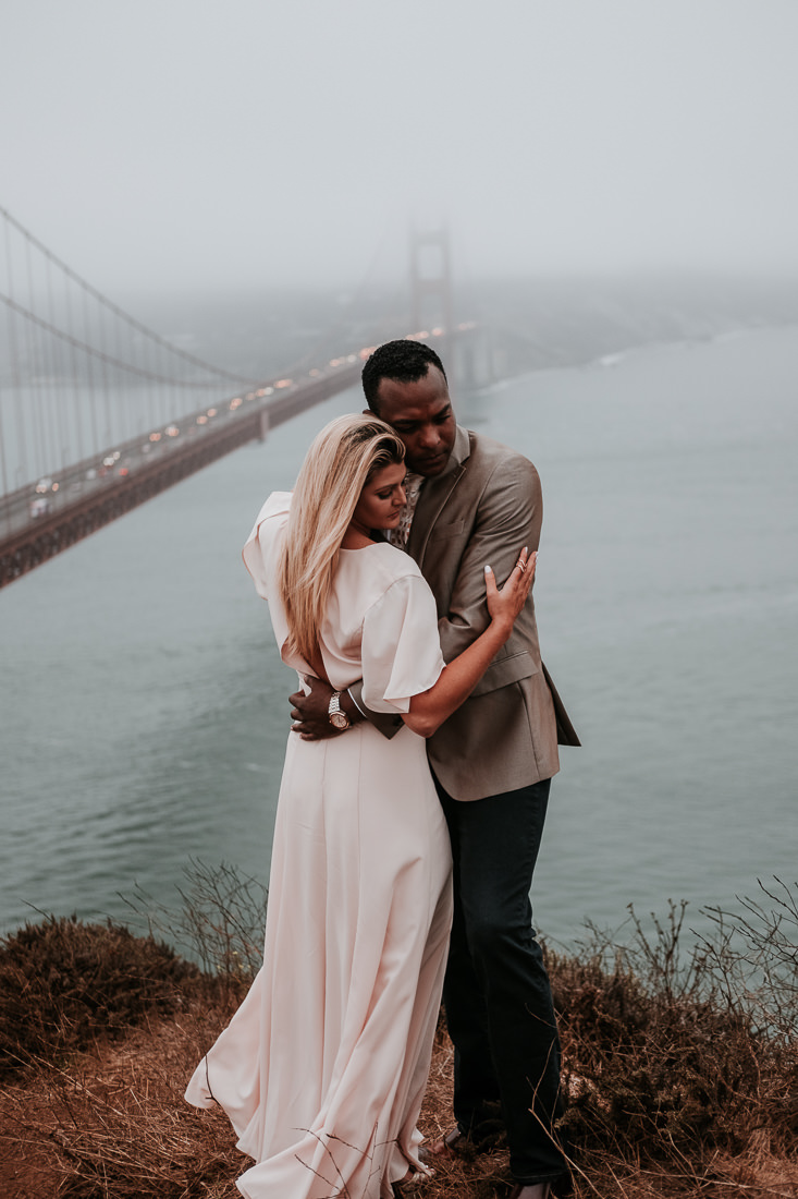 Eden+Jahir.Engagement.Blog.GoldenGateBridge©mileswittboyer.com2017-34.jpg