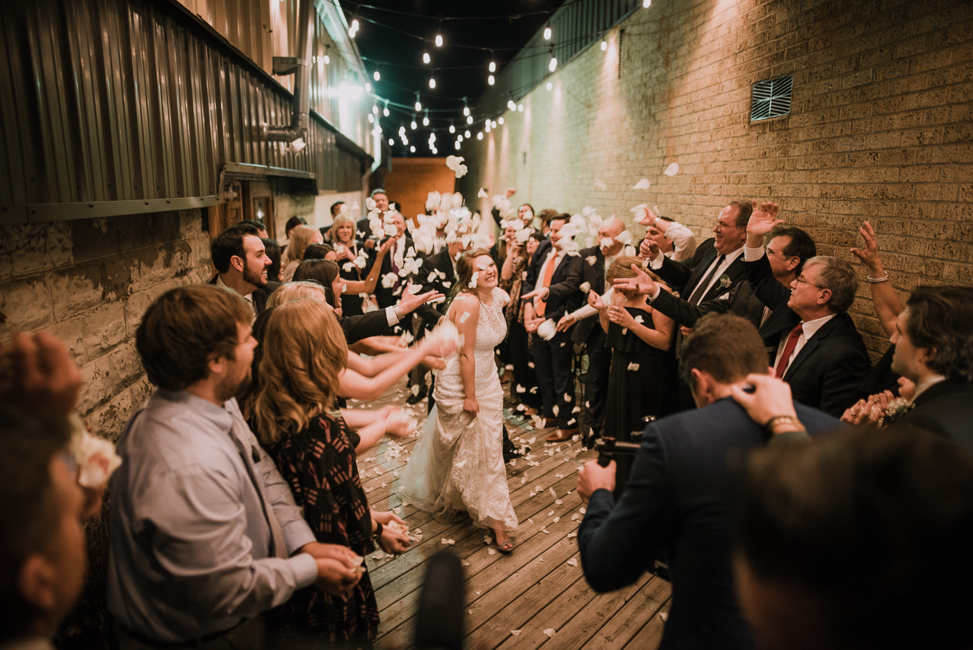 rogers.arkansas.weddingphotos.©2018mileswittboyer-43.jpg
