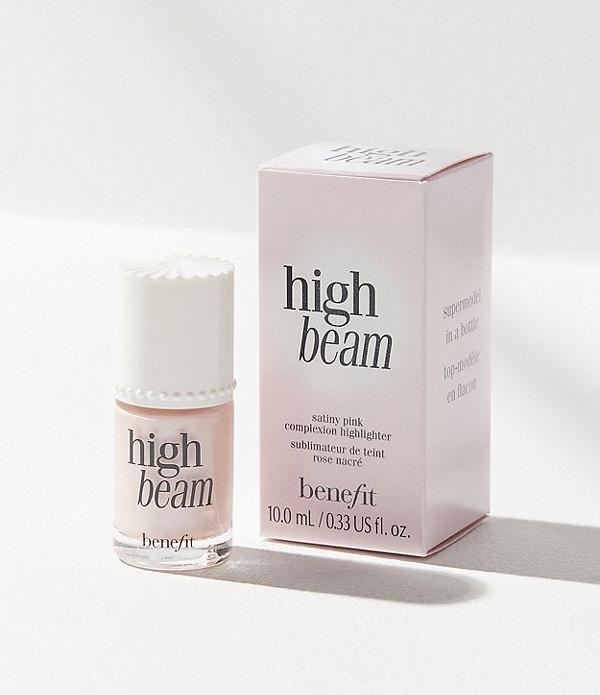 Benefit+Cosmetics+High+Beam+Liquid+Highlighter+The+Sunday+Issue.jpg