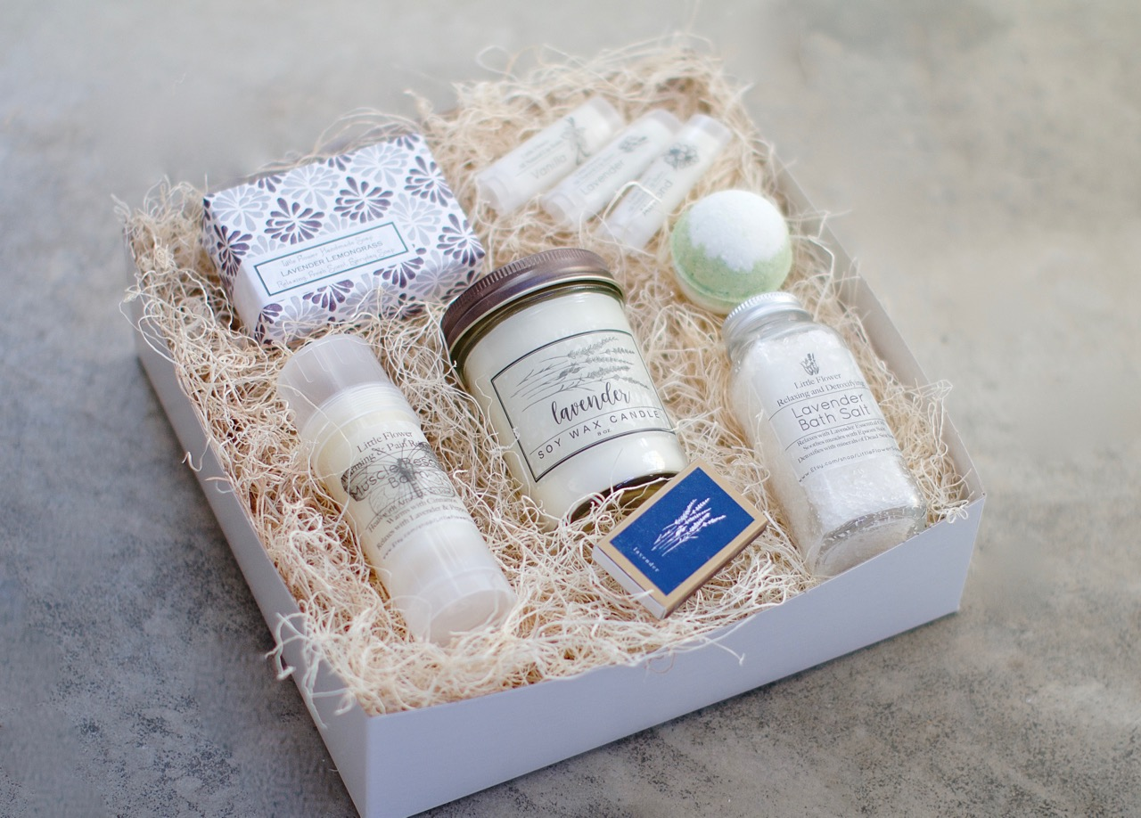 Luxury Spa Gift set with Bath Bomb