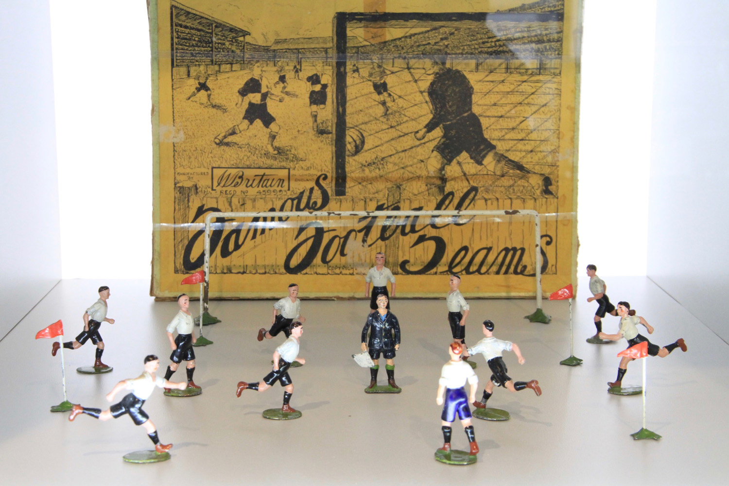 Boxed Famous Football Teams Series Derby County, 1936
