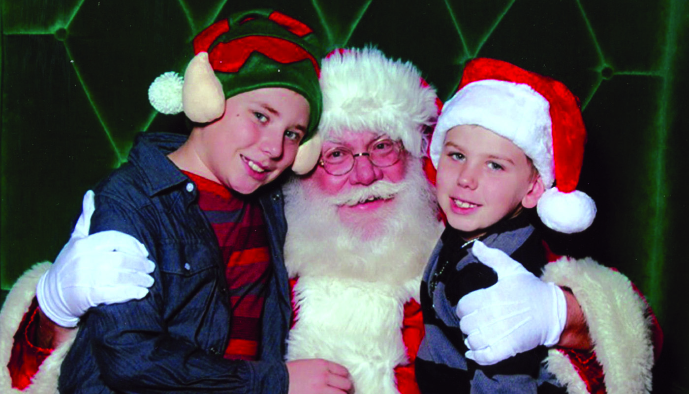 Stories with Santa   Saturday, November 24th: 11am - 1pm  Santa Pat, the Derby City Kringle, makes a stop at the Frazier to share holiday-themed stories and speak with children and their families.