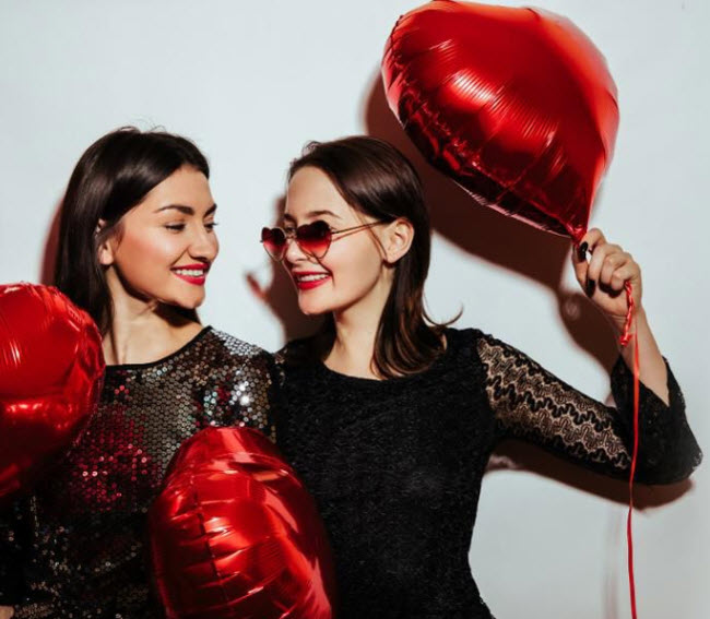 As Retailers Ignore Single Folks, Walmart's Valentine's Day Push Is Positively Radical - That's what consumers are saying, but retailers are mostly turning a deaf ear. But Walmart is listening up.