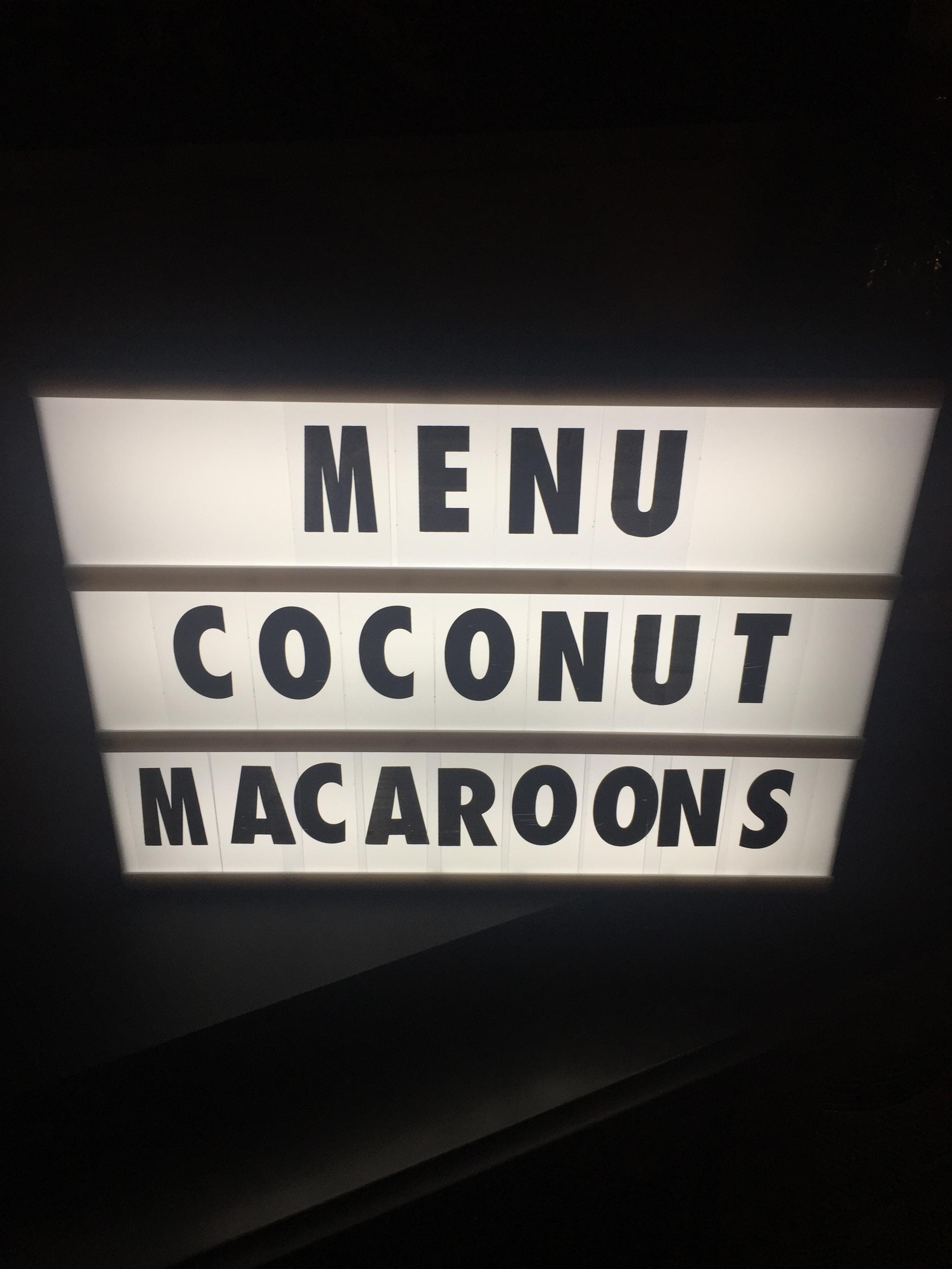 30CoconutMacaroons1.JPG