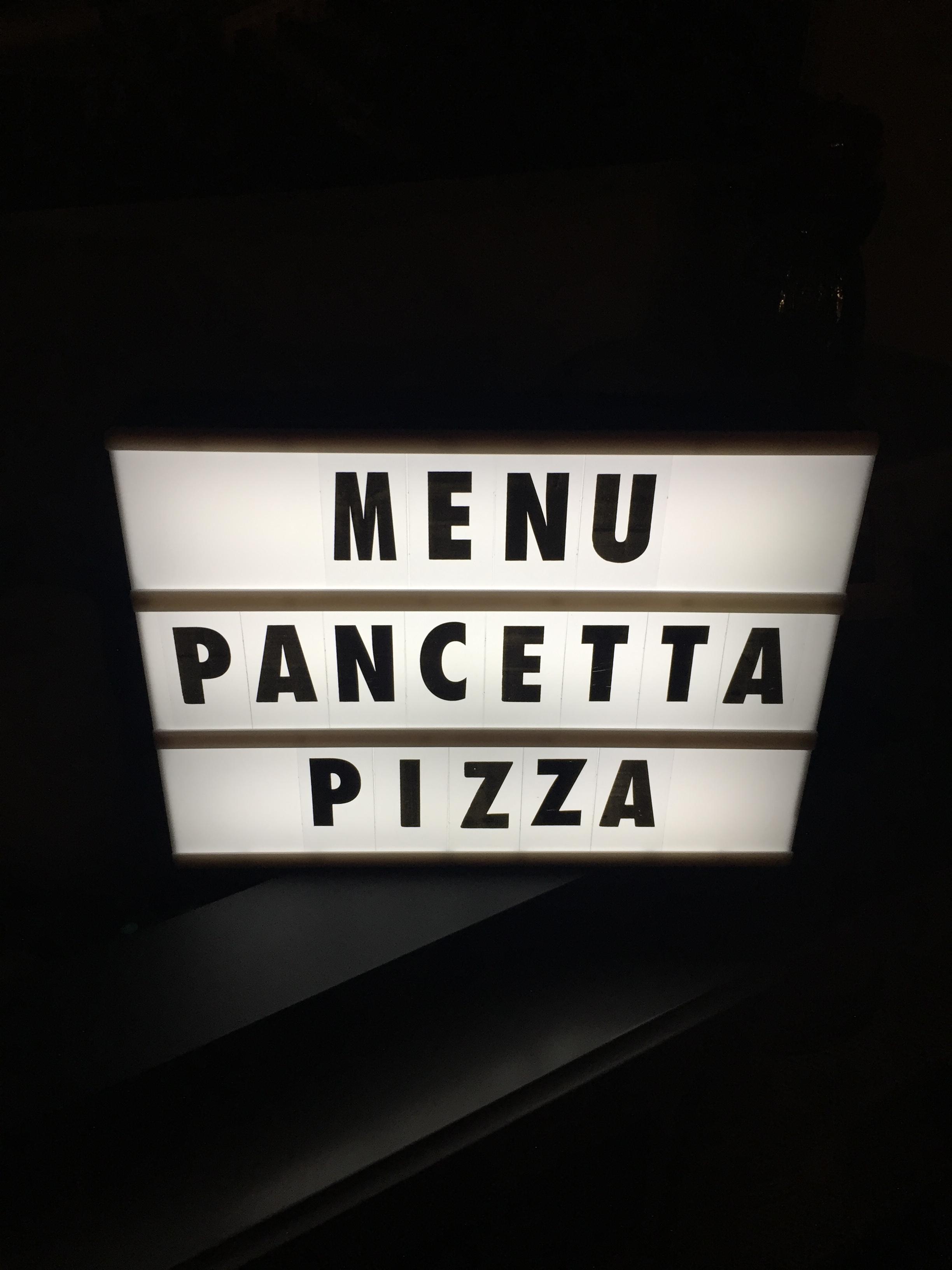 35PancettaPizza1.JPG