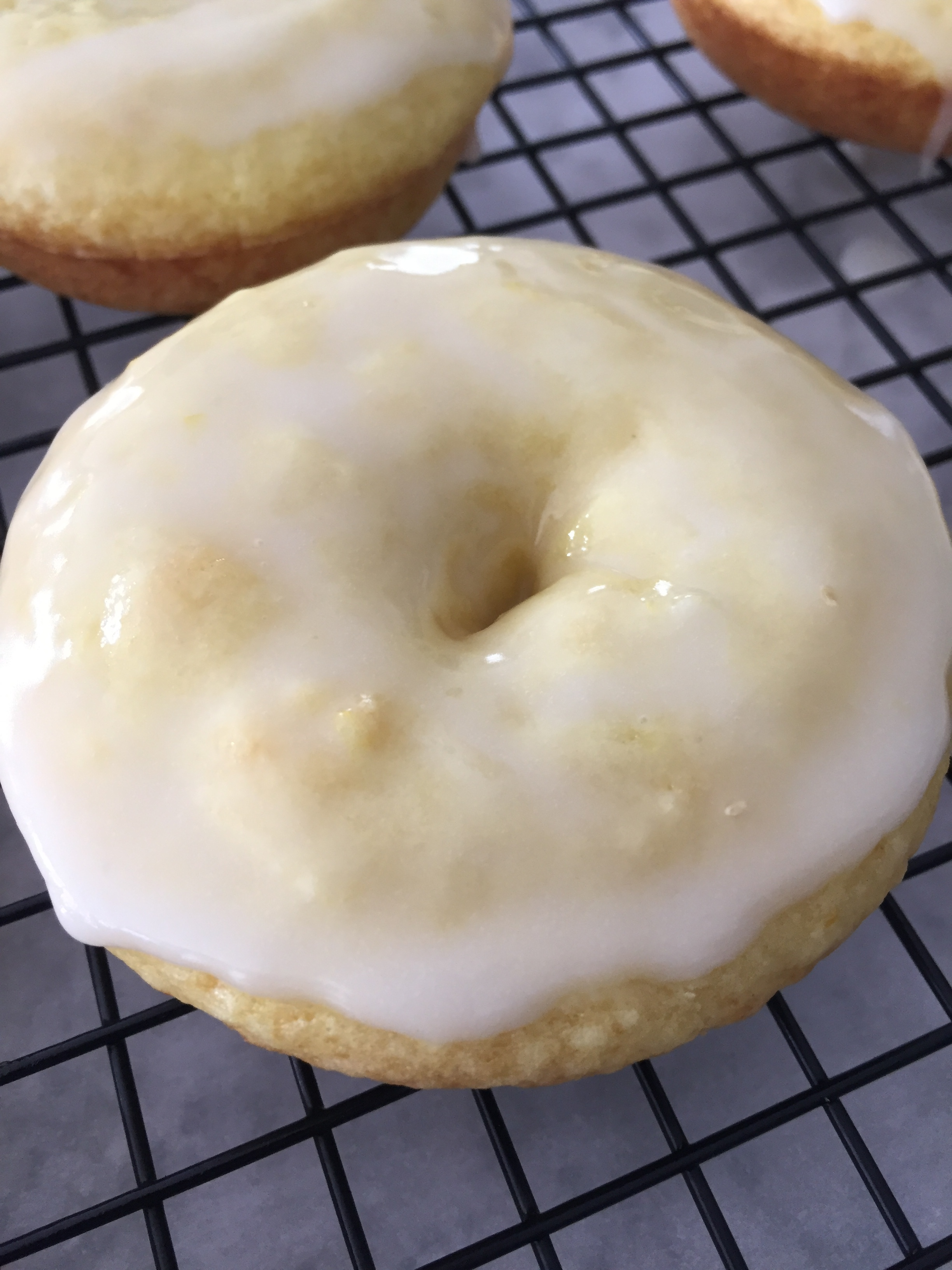 98.2LemonDonuts5.JPG
