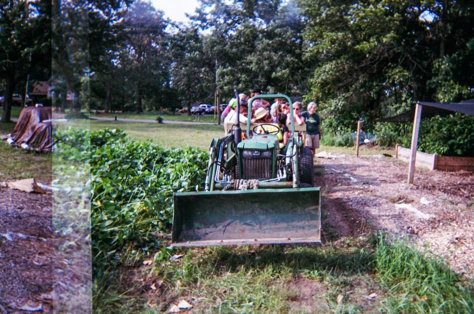 Family-friends, new acquaintances, local farmers, and many more participated in one of the popular farm tours. Here, permaculture consultant and LSF collaborator Lindsay Rebhan explains our perennial nursery and the important role of hazelnuts in our restoration work.