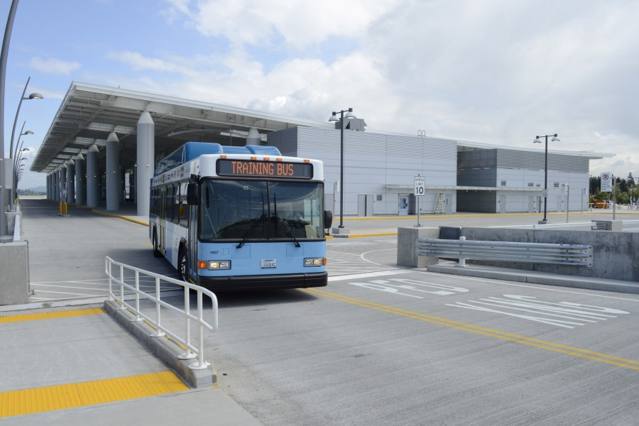 Bus-at-Arrival-1920-900x600.jpg