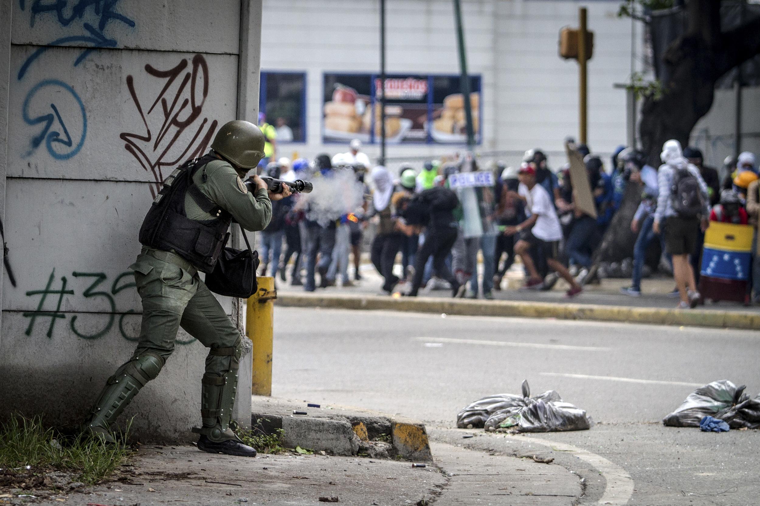 Caracas Caos - Leo Alvarez (26).jpg