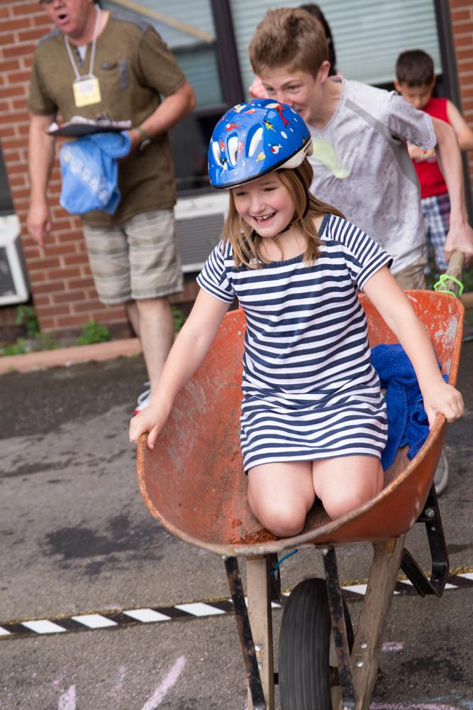 Wheelbarrel Race