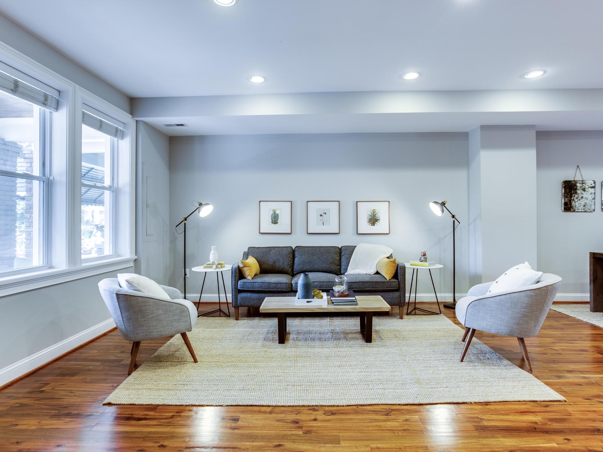1927 2nd St NW Washington DC-MLS_Size-019-45-Living Room-2048x1536-72dpi.jpg