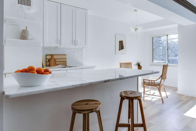 4201 Cathedral Ave NW 322W-small-022-4-Kitchen-666x444-72dpi.jpg