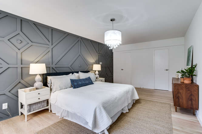 4201 Cathedral Ave NW 322W-small-035-43-Bedroom-666x445-72dpi.jpg