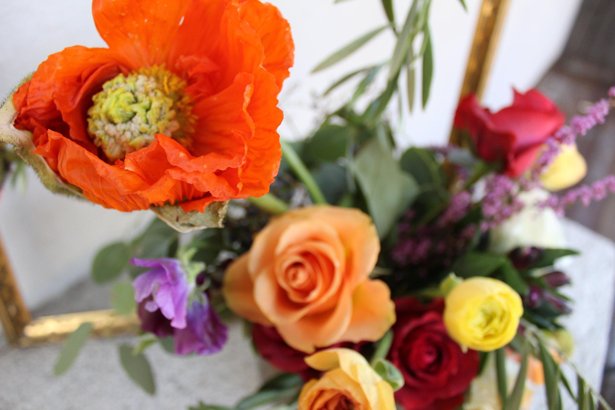 Boho-wedding-table-floral-decor-ideas-by-bowerbird-flowers-durham-wedding-florist-jamie-blow.jpg