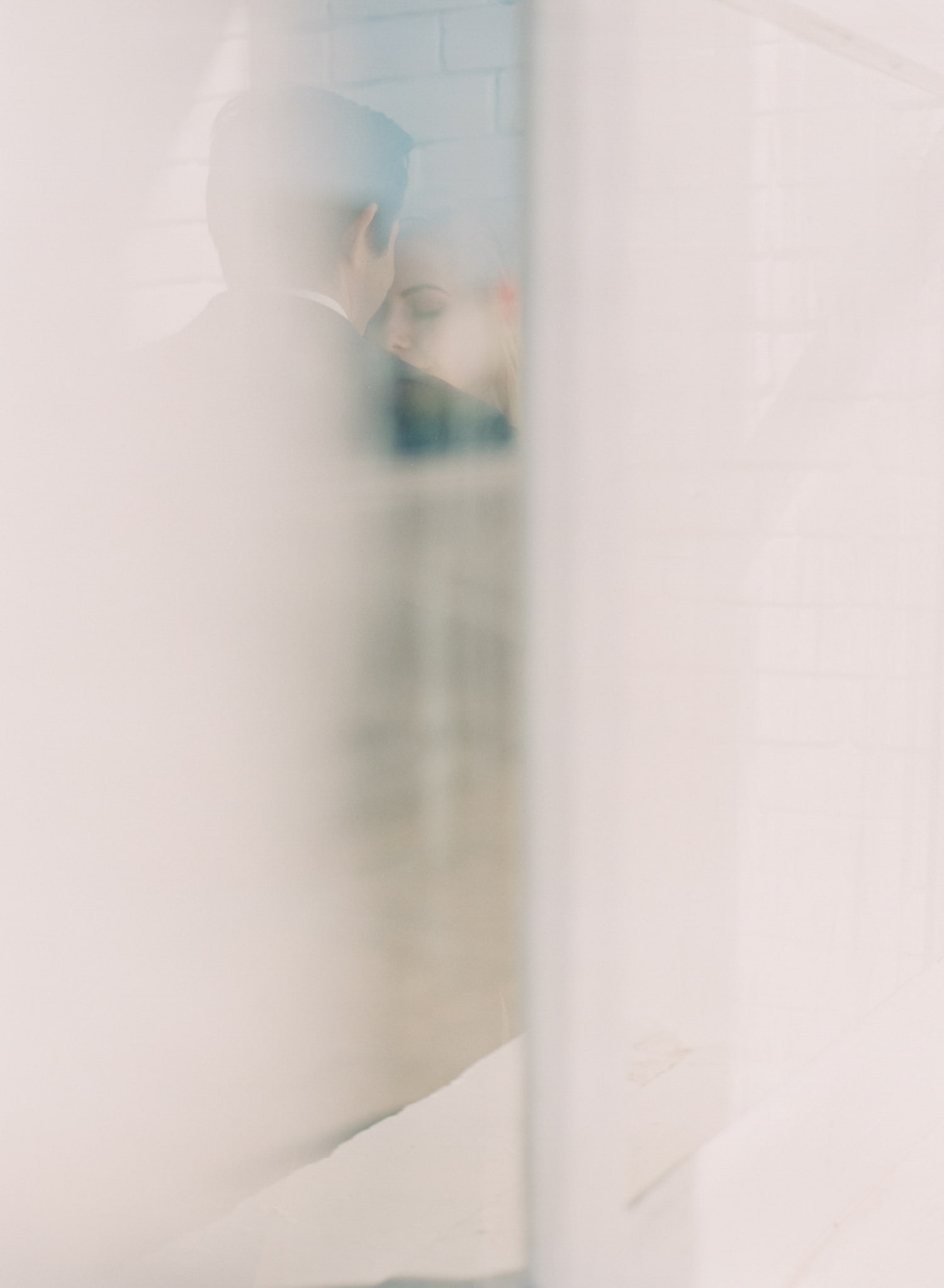 ONE_ELEVEN_EAST_MODERN_ENGAGEMENT_SHOOT_AUSTIN_TX_BY_MATTHEW_MOORE_PHOTOGRAPHY_00039.jpg