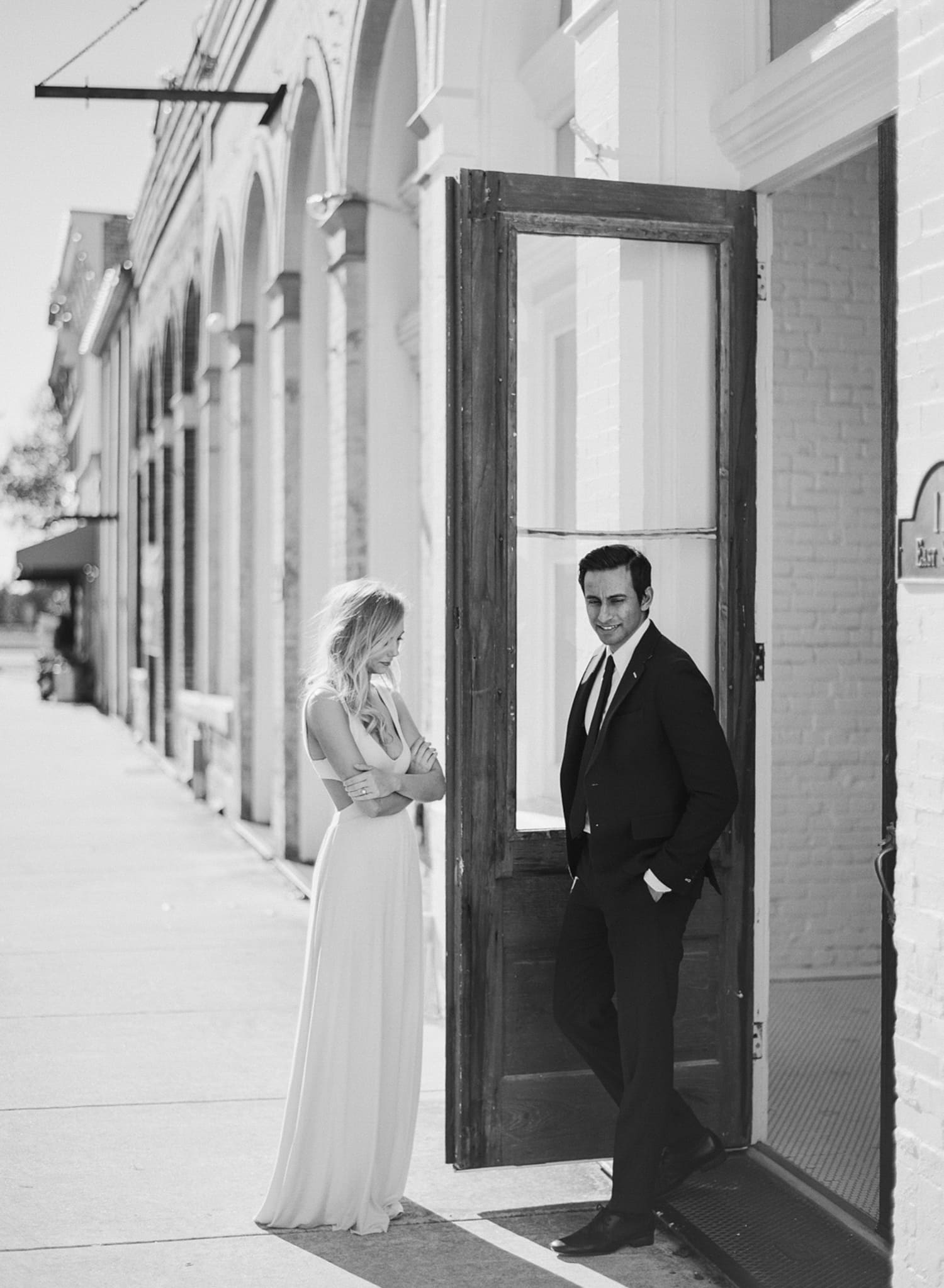 ONE_ELEVEN_EAST_MODERN_ENGAGEMENT_SHOOT_AUSTIN_TX_BY_MATTHEW_MOORE_PHOTOGRAPHY_00059.jpg