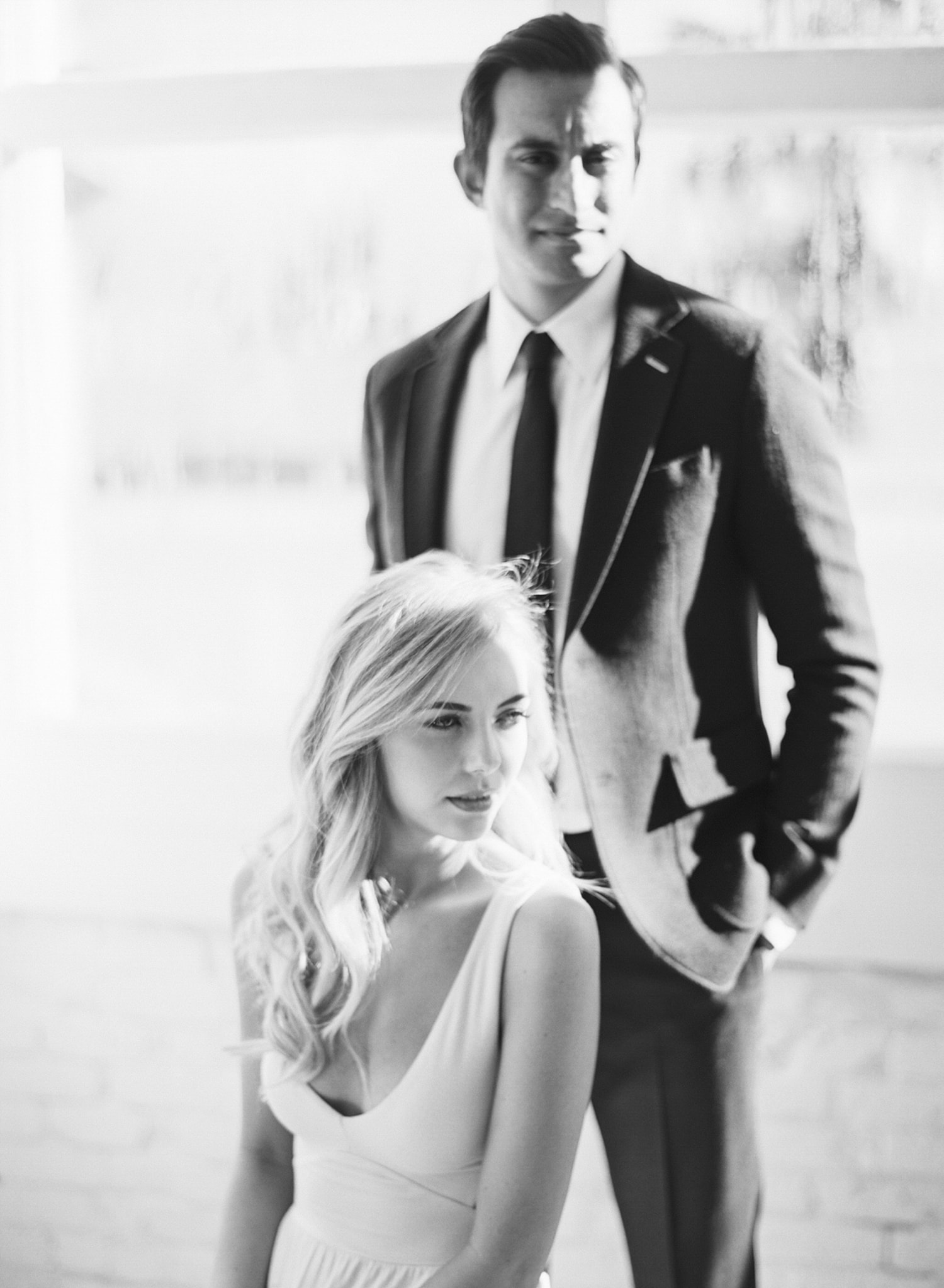 ONE_ELEVEN_EAST_MODERN_ENGAGEMENT_SHOOT_AUSTIN_TX_BY_MATTHEW_MOORE_PHOTOGRAPHY_00098.jpg