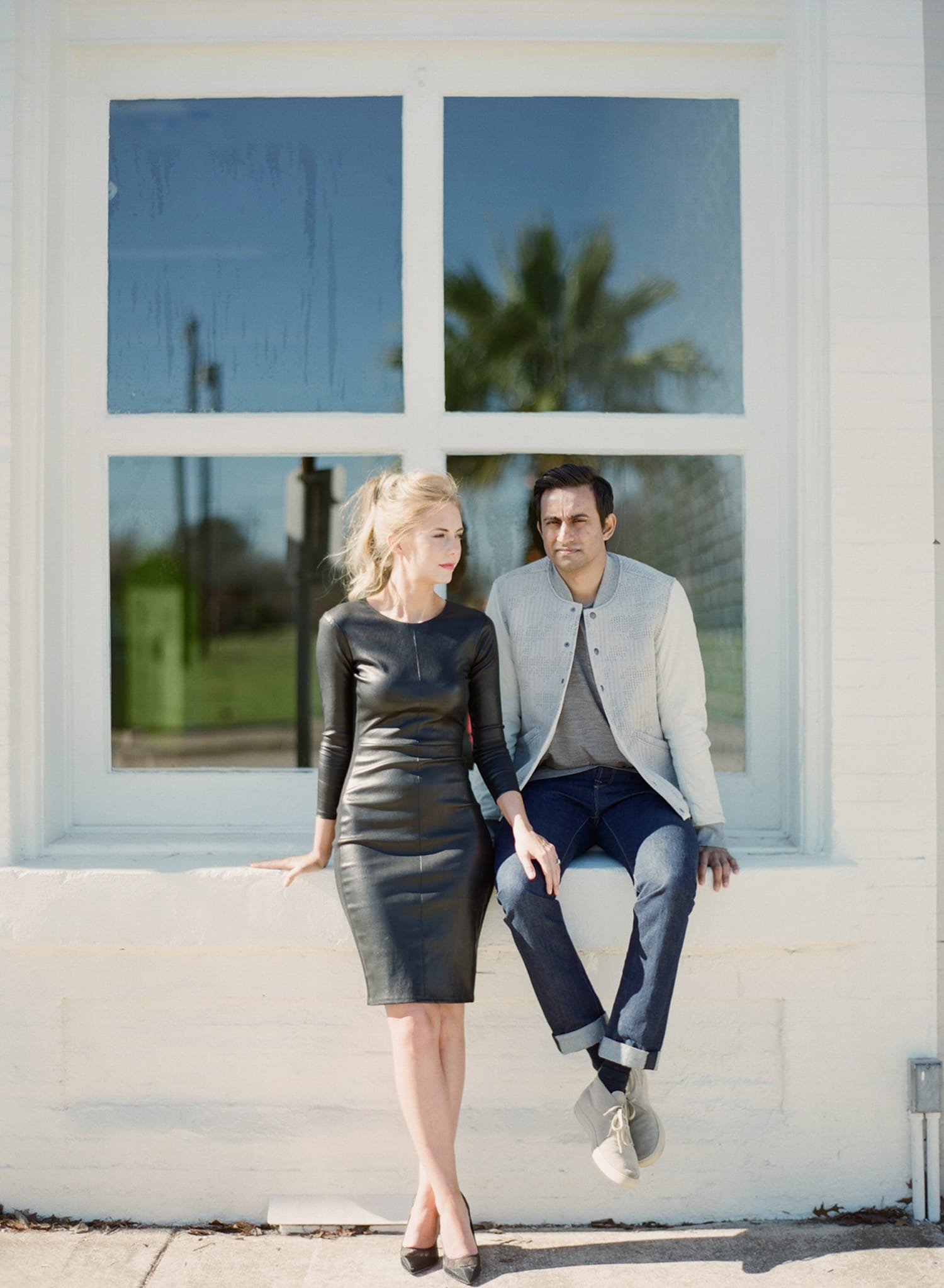 ONE_ELEVEN_EAST_MODERN_ENGAGEMENT_SHOOT_AUSTIN_TX_BY_MATTHEW_MOORE_PHOTOGRAPHY_00172.jpg