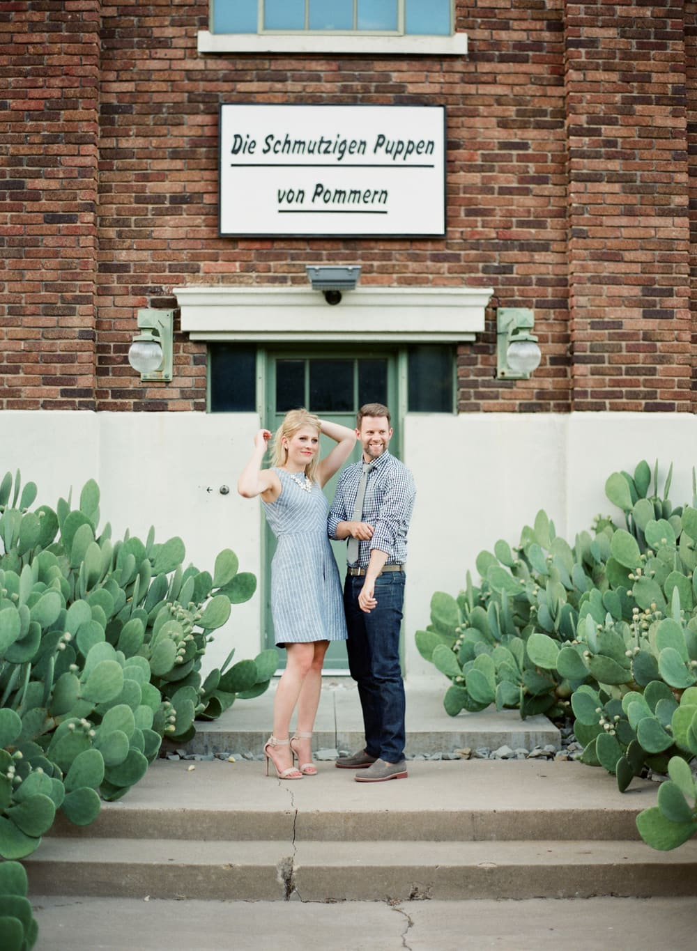 DEEP_ELLUM_TX_FILM_ENGAGEMENT_SHOOT__MATTHEW_MOORE_PHOTOGRAPHY_00090.jpg