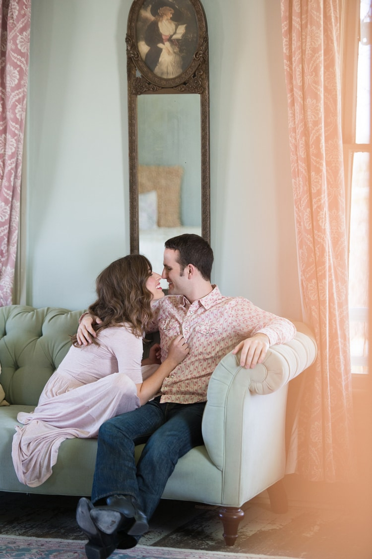 BARR_MANSION_ENGAGEMENT_SHOOT_BY_MATTHEW_MOORE_PHOTOGRAPHY_00083.jpg