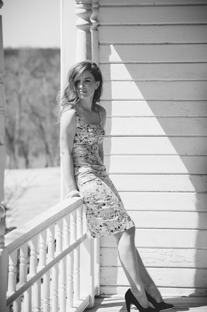 BARR_MANSION_ENGAGEMENT_SHOOT_BY_MATTHEW_MOORE_PHOTOGRAPHY_00021-2.jpg