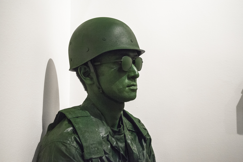 Treason Gallery_Kealtey Uniform_Opening-22.jpg