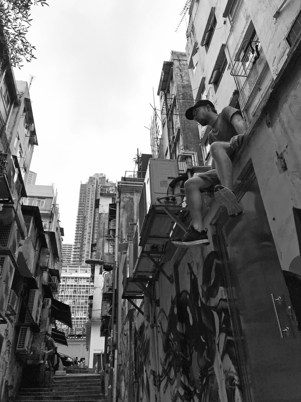 Bisco-Smith-HK-Walls-8.jpg