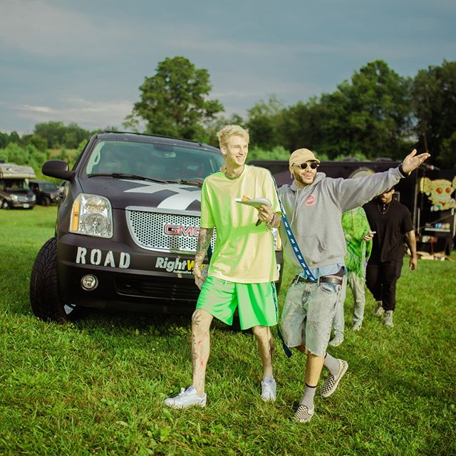 THIS. HOW MANY DAYS UNTIL THIS??   #HOME #vibes #estfest #festival #ohio #music #friends #family #mgk #est19xx #xx #movie #48hours