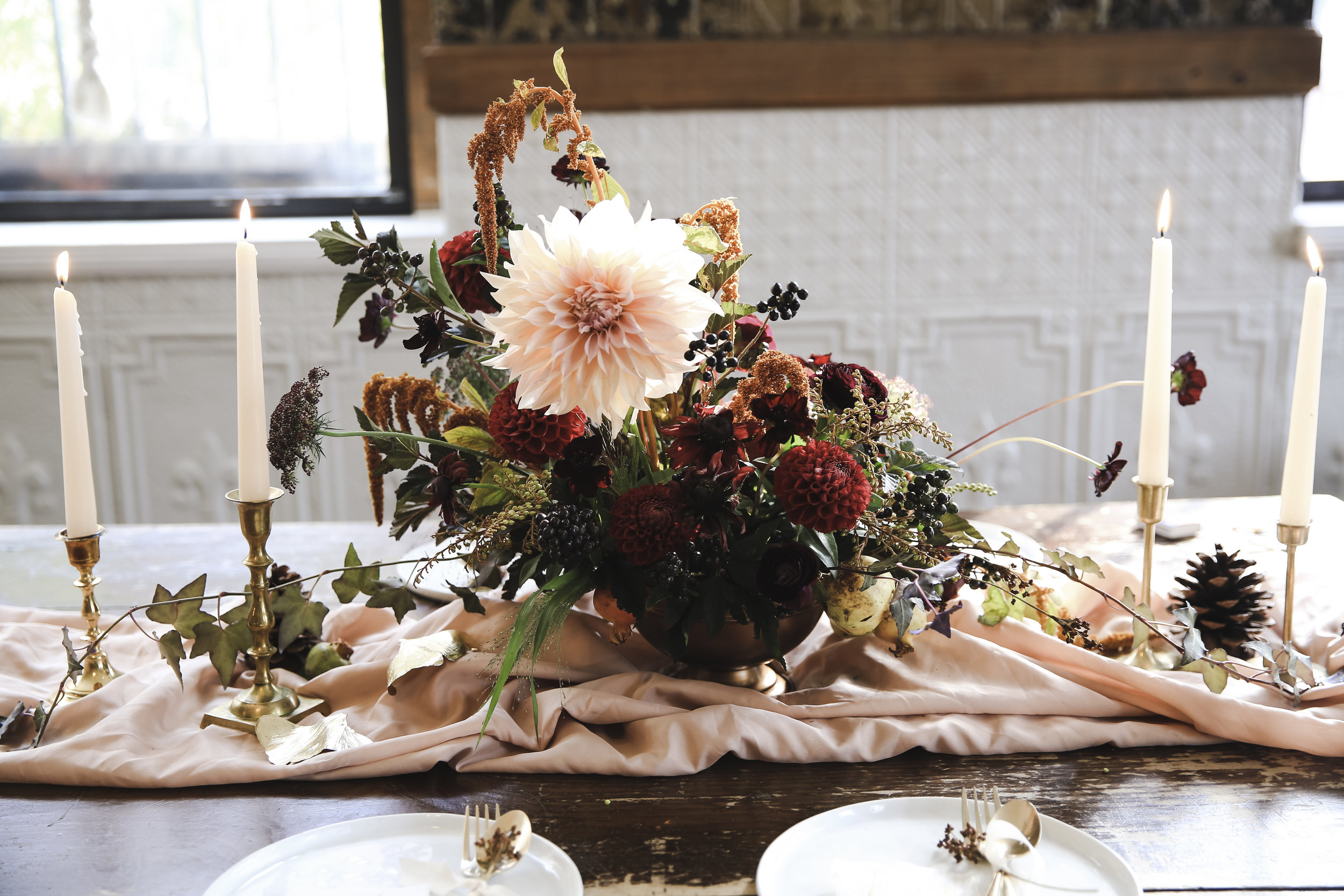 RachelSunae-CandaceM-RosewoodFloralCo-Thanksgiving-9.jpg