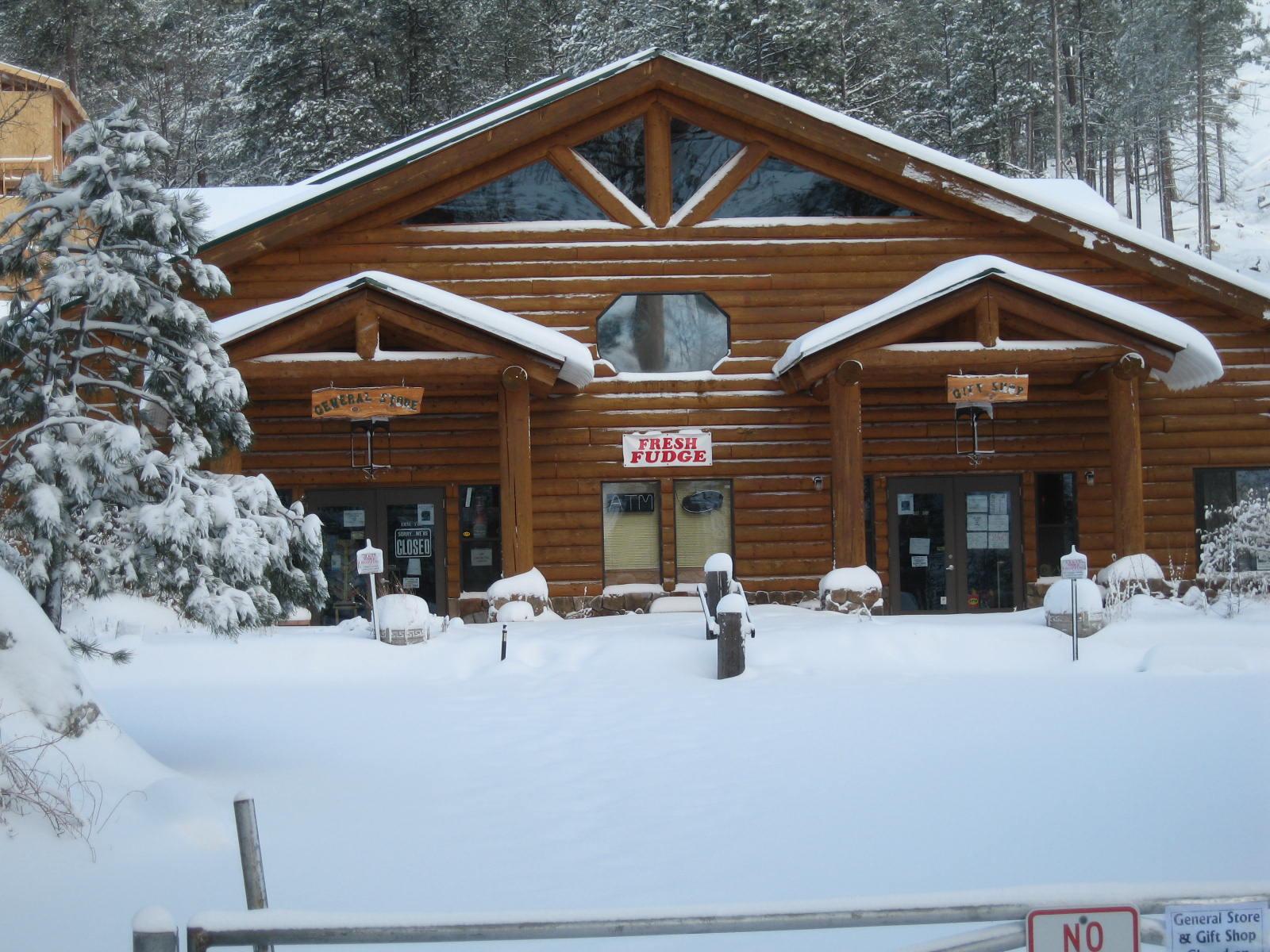 Mount Lemmon General Store, 2004