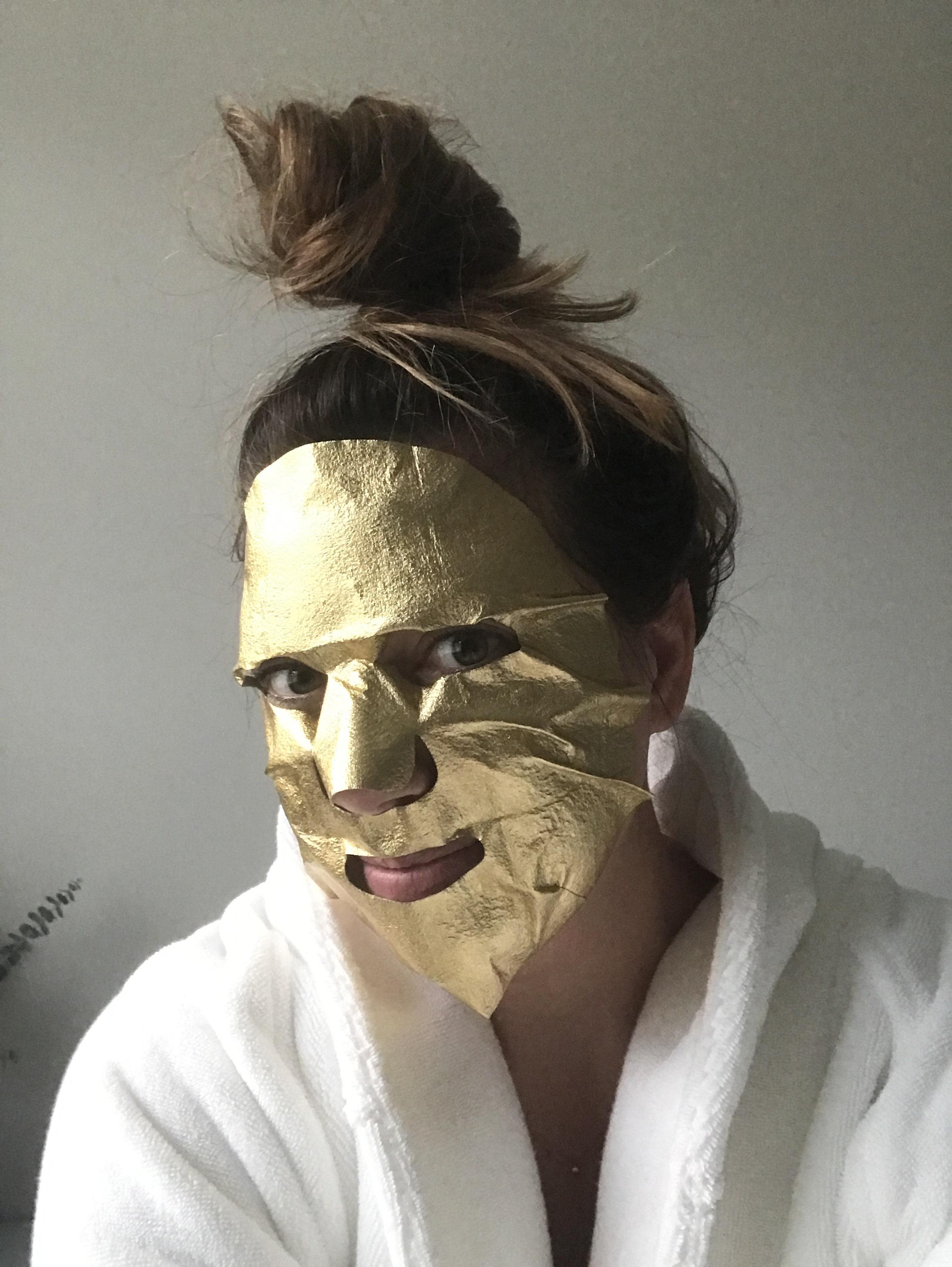 gold foil mask - masque bar - $4.00