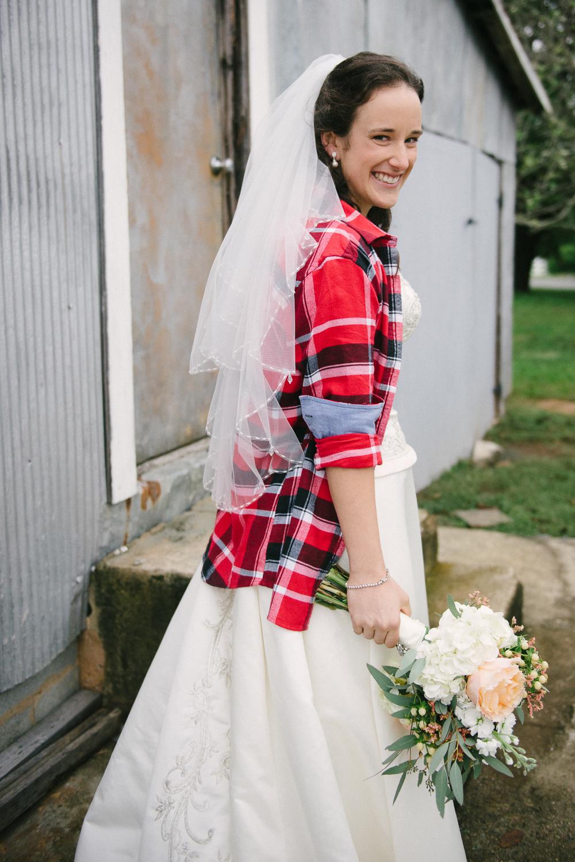lva_mzyklindquist_burlington_wedding-10.jpg