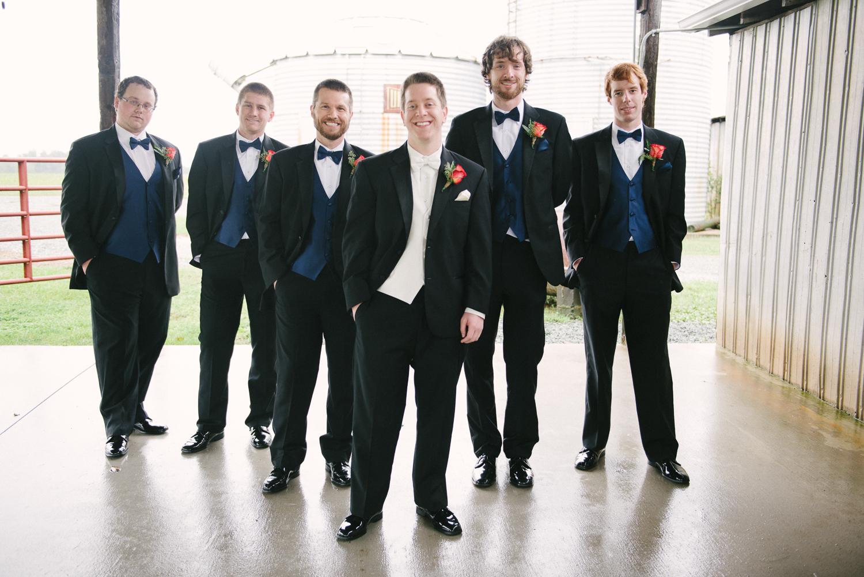 lva_mzyklindquist_burlington_wedding-13.jpg