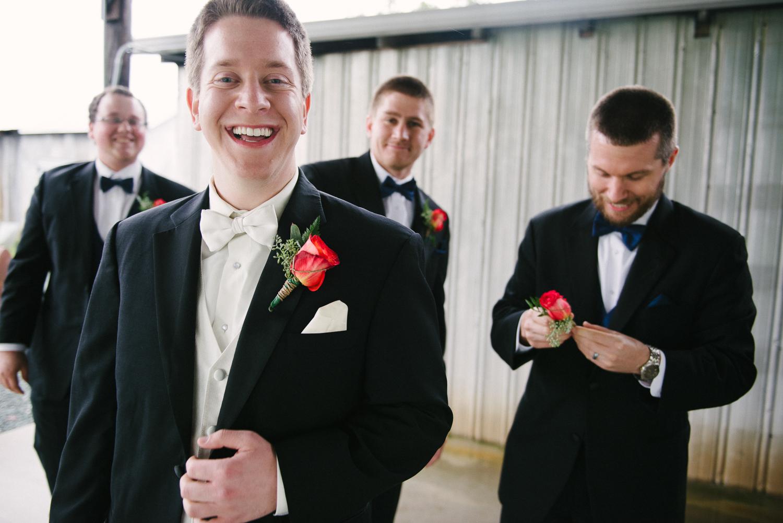 lva_mzyklindquist_burlington_wedding-14.jpg